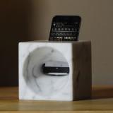 MIKY cassa acustica in marmo per iPhone